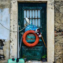 Marco Oliveira - Door No 5