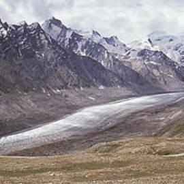 Eoghan Moriarty - Drang Drung Glacier