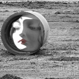Lyric Lucas - Dreamscape