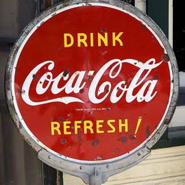 Luis-Enrique Valles - Drink Coca-Cola