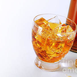 Carlos Caetano - Drink on the rocks