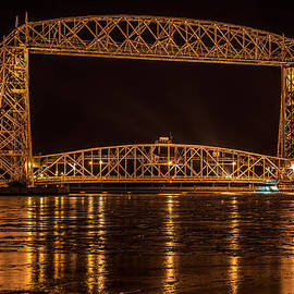 Paul Freidlund - Duluth Aerial Lift Bridge
