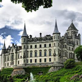 Jacqi Elmslie - Dunrobin Castle
