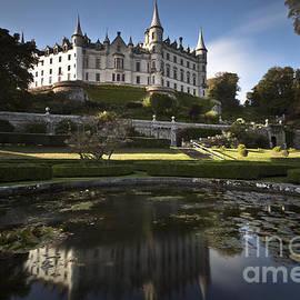 Roddy Atkinson - Dunrobin Castle