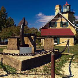 Chuck De La Rosa - Eagle Bluff Lighthouse
