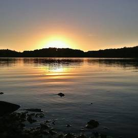 Leanne Yeoman - Eagle Creek Sunset II