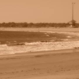 Anastasia Konn - East Matunuck State Beach in Sepia