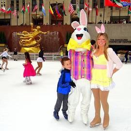 Ed Weidman - Easter Bunny On Ice