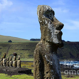 Bob Christopher - Easter Island 13