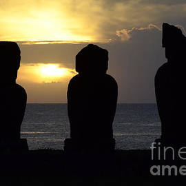 Bob Christopher - Easter Island 19