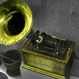 John Straton - Edison Phonograph