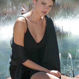 Gary Gingrich Galleries - Emily - LBD - 8750