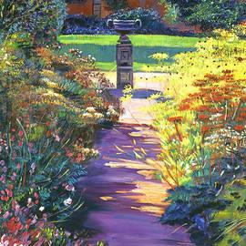 David Lloyd Glover - English Garden Urn
