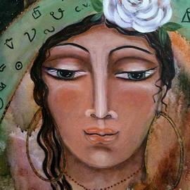 Maya Telford - Esmeralda