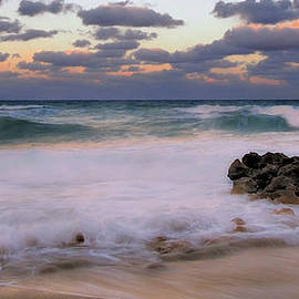 Carol Eade - Evening at Coral Cove