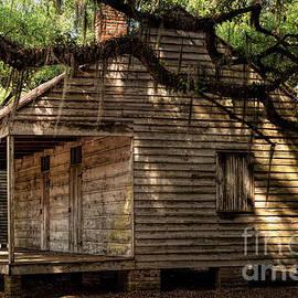 Kathleen K Parker - Evergreen Plantation Slave Quarters