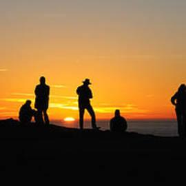 Vivian Christopher - Everyone Loves a Sunset Panorama