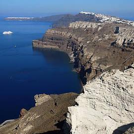 Colette V Hera  Guggenheim  - Excellent View over Santporini Island