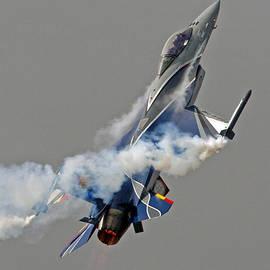 Paul Scoullar - F-16a Mlu