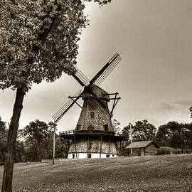 Roger Passman - Fabyan Windmill Batavia Illinois