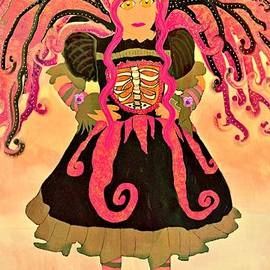 Tisha McGee - Fairy Chanter Roseglimmer