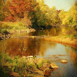 Lucinda Walter - Fall Time at Rum River