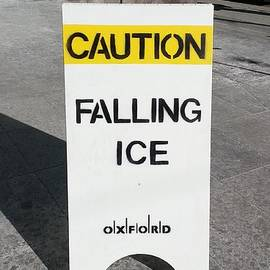 Manuel Matas - Falling Ice