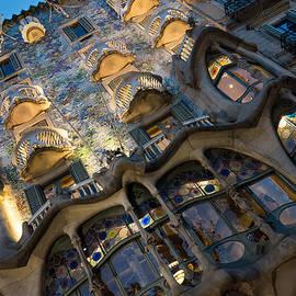 Georgia Mizuleva - Fantastical Casa Batllo - Antoni Gaudi Barcelona