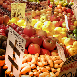 Karen Wiles - Farmers Market
