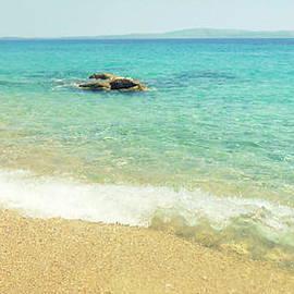 Ioanna Papanikolaou - Fava Is A Beach