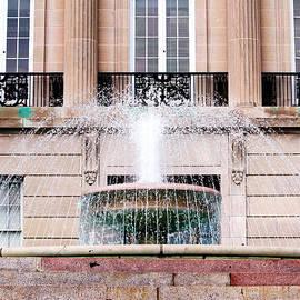 Cynthia Guinn - Federal Building Fountain