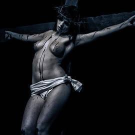 Ramon Martinez - Female Christ in Dark I