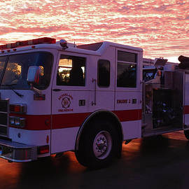Richard Booth - Firetruck On Fire