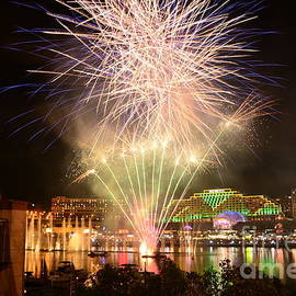 Kaye Menner - Fireworks Glow at Vivid Aquatique 2014 by Kaye Menner