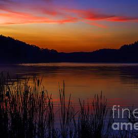 Thomas R Fletcher - First Light Morning Lake