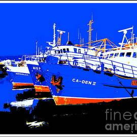 Roberto Gagliardi - Fishing Boats in the Fremantle Harbour 2