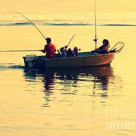 Patricia Januszkiewicz - Fishing