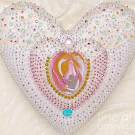 Heidi Sieber - Flight into heart artwork