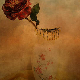 Beverly Guilliams - Flower Still Life Photography
