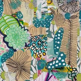 Rosalina Bojadschijew - Flowes in an Ocean Forest