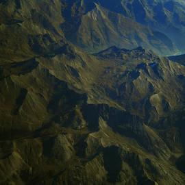 Colette V Hera  Guggenheim  - Flying over the Alps in France