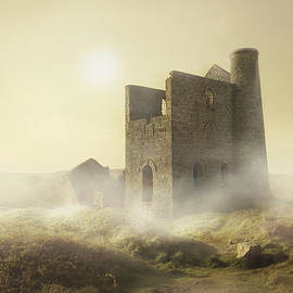 Jaroslaw Blaminsky - Foggy morning in Cornwall