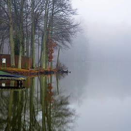 Sandi OReilly - Foggy Reflection
