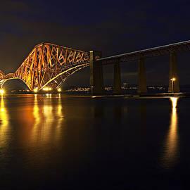 Marcia Colelli - Forth Rail Bridge with Train