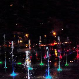 Kelly Awad - Fountains at City Garden