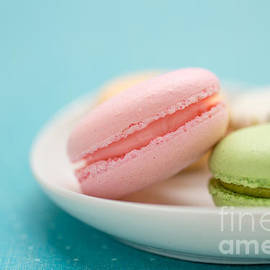 Edward Fielding - French Macaron Cookies