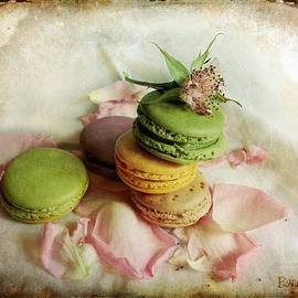 Barbara Orenya - French Macarons