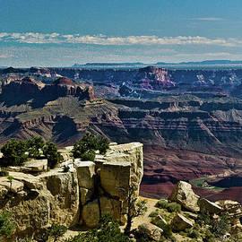 Bob and Nadine Johnston - From Yaki Point 2 Grand Canyon