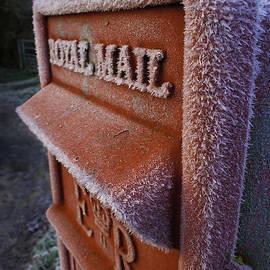 Nigel Jones - Frozen Christmas Mail