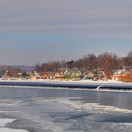 Bill Cannon - Frozen Fairmount Dam and Boathouse Row